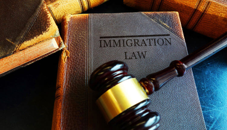 What Are the Benefits of Hiring an Immigration Lawyer